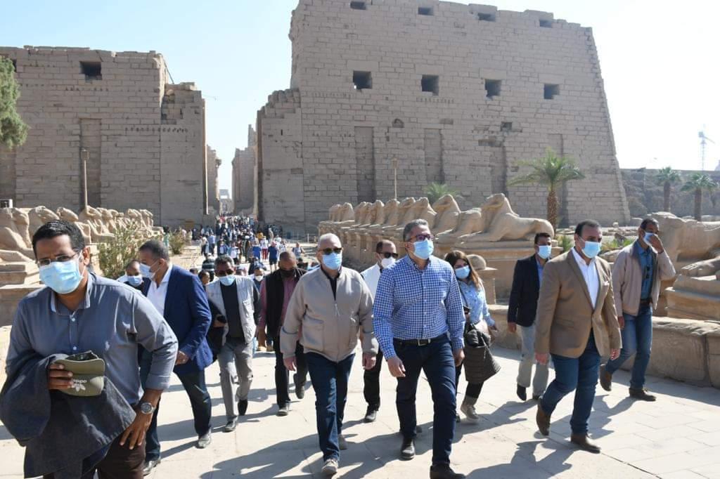 السائحون بالأقصر: سعداء بقضاء أوائل أيام العام الجديد بمدينة الأقصر.