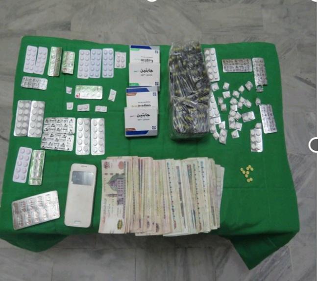 ضبط كمية من العقاقير المخدرة والمؤثرة على الحالة النفسية والعصبية داخل صيدلية بمصر القديمة