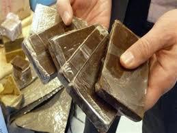 ضبط 178 طربة من مخدر الحشيش بحوزة إثنين من العناصر الإجرامية بالفيوم