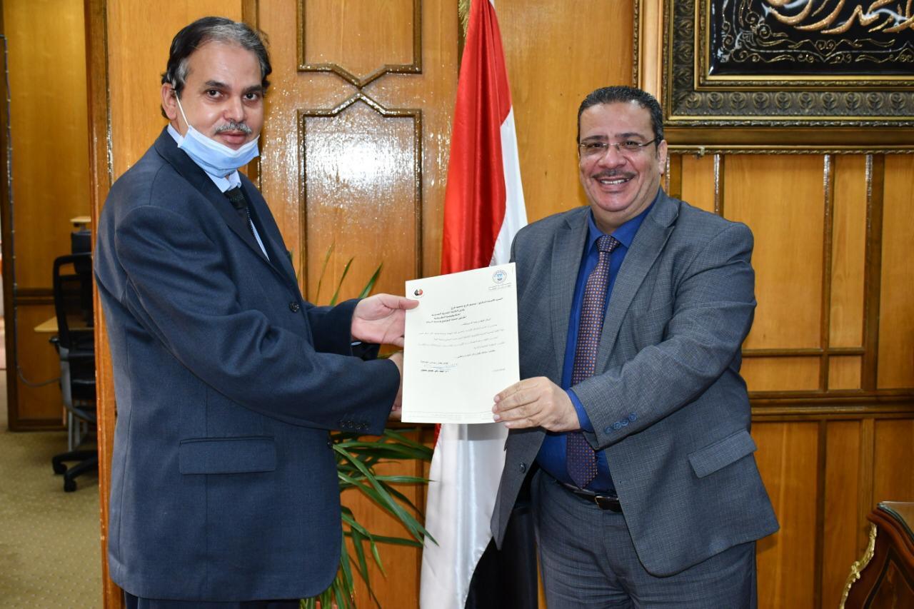 د. محمود فرج وكيلا للكلية المصرية الصينية للتكنولوجيا التطبيقية بجامعة القناة