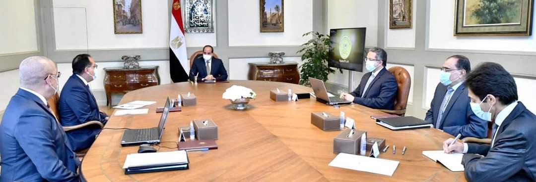 السيسي يعقد اجتماعاً حول الاستراتيجية العامة للتنمية السياحية على مستوى الجمهورية