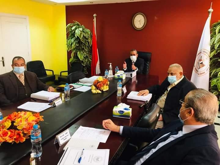محافظ الإسماعيلية يترأس أجتماع مجلس إدارة المنطقة الحرة