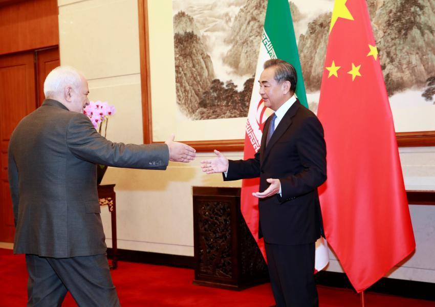 إيران تعلن توقيع اتفاقية استراتيجية مع الصين لمدة 25 عاما