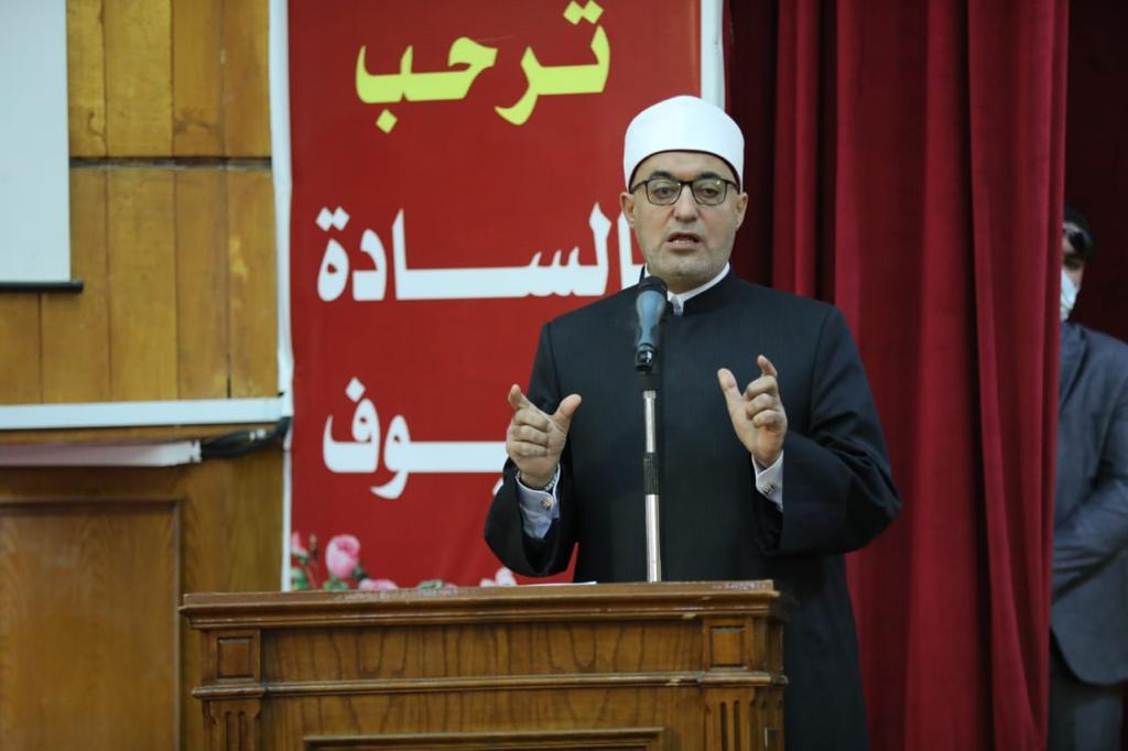 الأمين العام لمجمع البحوث الإسلامية في لقاء مفتوح بجامعة الفيوم: موكب المومياوات الملكية حدث عالمي فريد