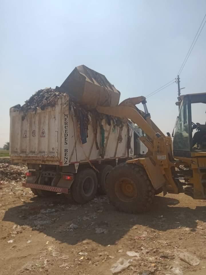 محافظة الفيوم : رفع 10 ألاف طن قمامة وإزالة ألف حالة إشغالات متنوعة بعدد من المراكز خلال الأسبوع الماضي