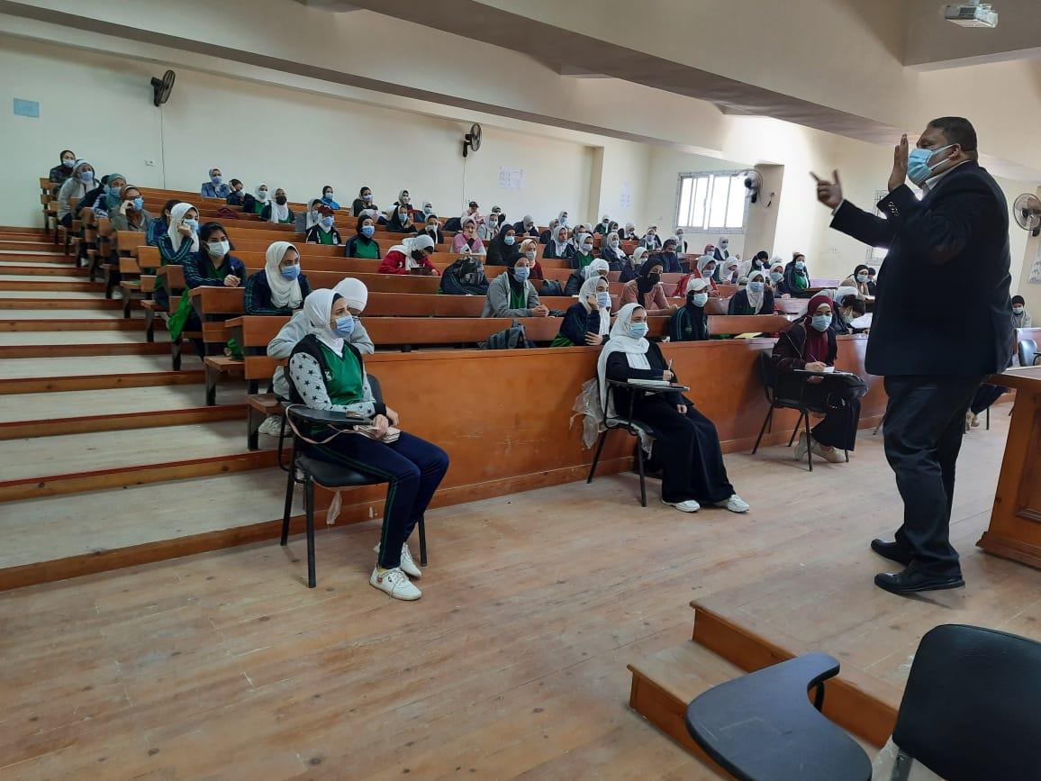 جامعة الفيوم: انتظام الدراسة بكلية التربية الرياضية