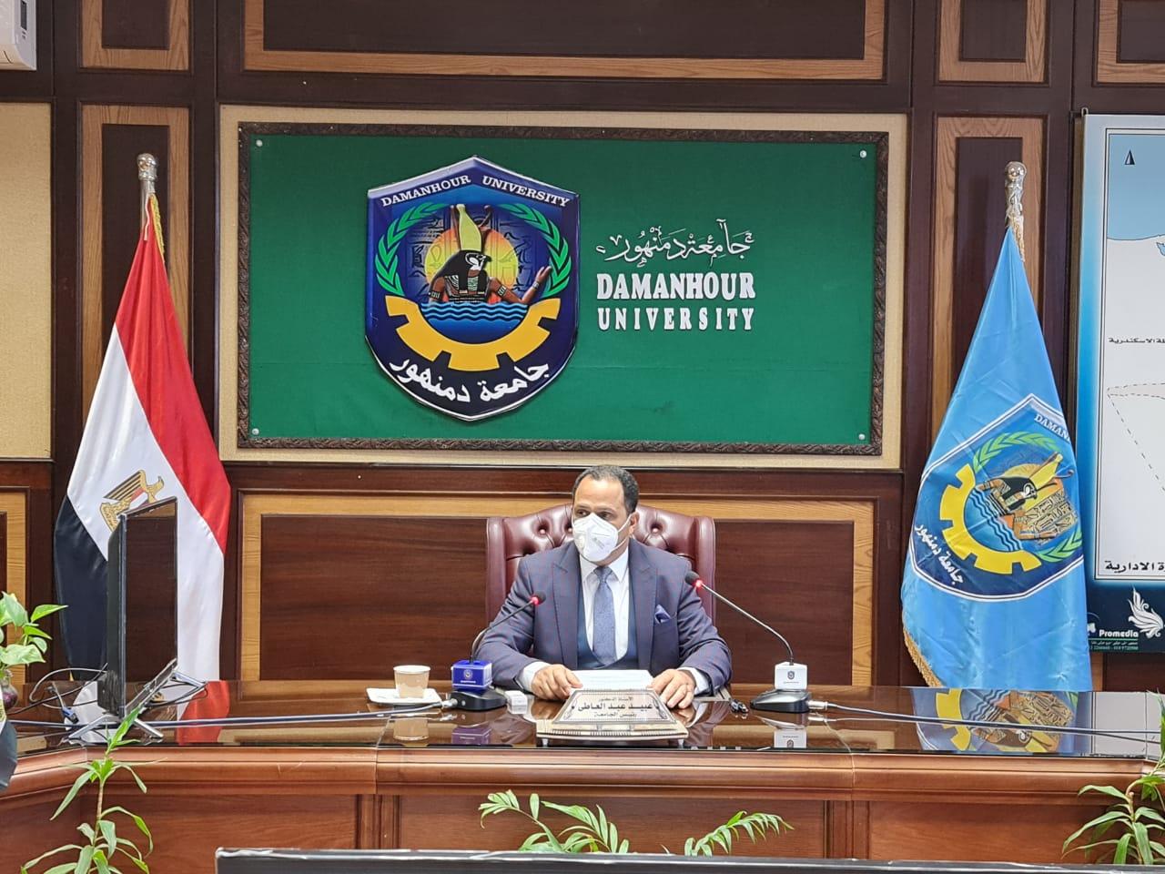 عبيد صالح: بنك الأفكار بجامعة دمنهور يساهم فى تنمية المجتمع والإرتقاء به