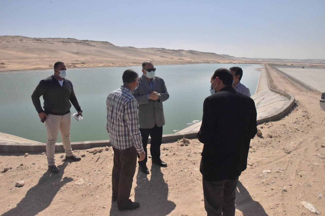 محافظ أسيوط يتفقد أعمال تنفيذ مشروع صرف صحي منطقة بني غالب الصناعية
