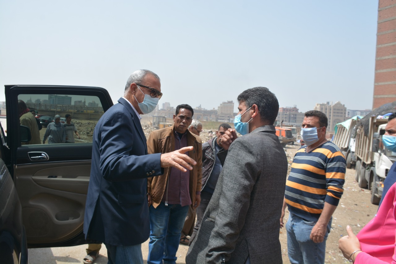 محافظ القليوبية يقوم بجولة بمدينة بنها لمتابعة عدد من المشروعات ومتابعة شكاوى المواطنين