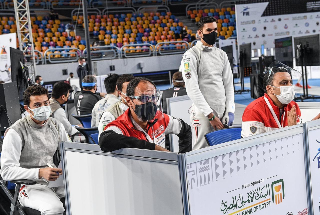 منتخب الشباب والشابات لسلاح الشيش يودعون منافسات الفرق من دور الـ16ببطولة العالم.                                             منتخب الشباب والشابات لسلاح الشيش يودعون منافسات الفرق من دور الـ16ببطولة العالم.