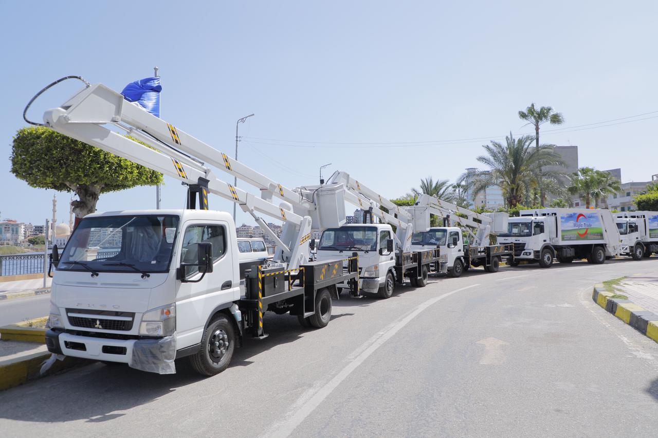 محافظ دمياط تُعلن استلام ٣ سيارات سلم كهربائي و٧ مكبس بإجمالى تكلفة ١٤.٥٠١ مليون جنيه