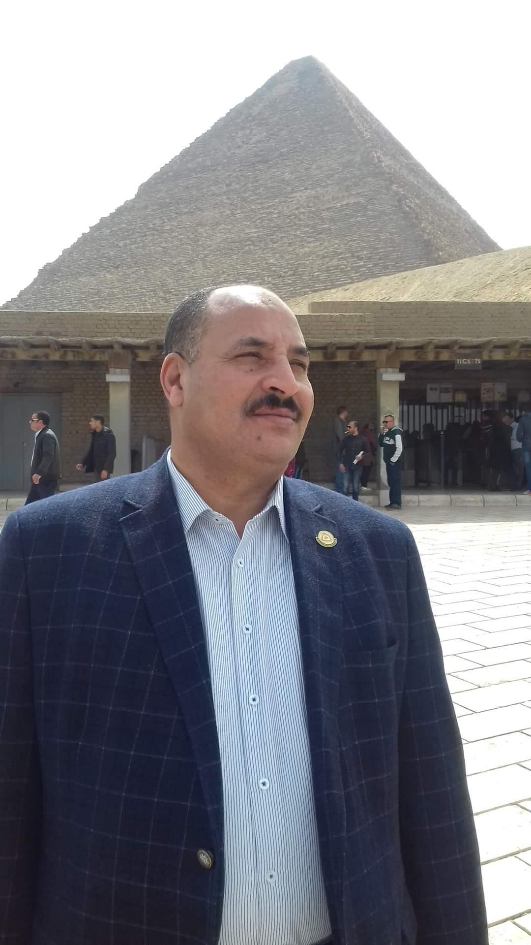 أسرة التحرير تتقدم بالشكروالتقدير الى وزير التنمية المحلية