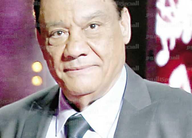 حلمي بكر يشكو الوحدة في برنامج العرافة: خايف أموت لوحدي