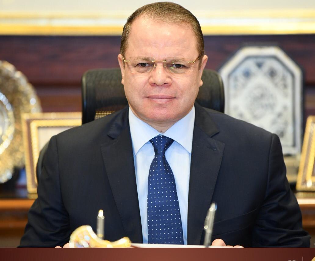 """حبس فني مزلقان قرية """"عامر"""" بالسويس في حادث اصطدام قطار بسيارة نقل"""