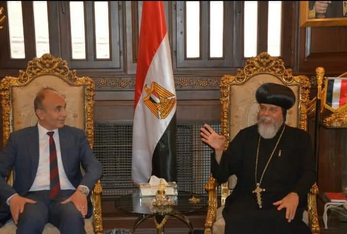 رئيس جامعة الزقازيق يهنئ جميع المصريين بمناسبة عيد القيامة المجيد