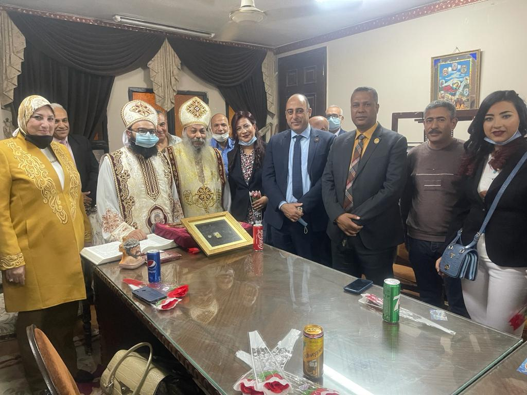 نواب حزب مستقبل وطن فى زيارة لكنائس الإسكندرية للتهنئة بعيد القيامة المجيد