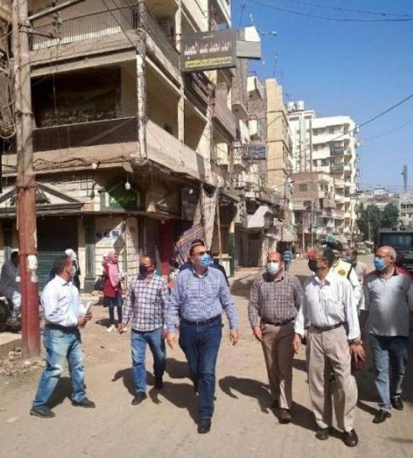 محافظ الشرقية يُتابع أعمال الرصف والتطوير الجارية بشوارع بلبيس