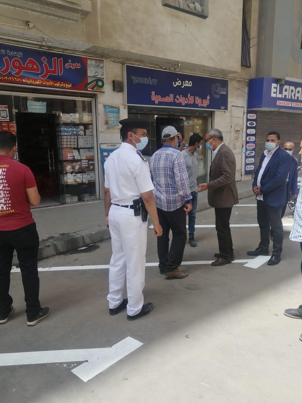 محافظ القليوبية يتابع أعمال تخطيط شوارع مشروع تطوير كورنيش النيل بمدينة بنها