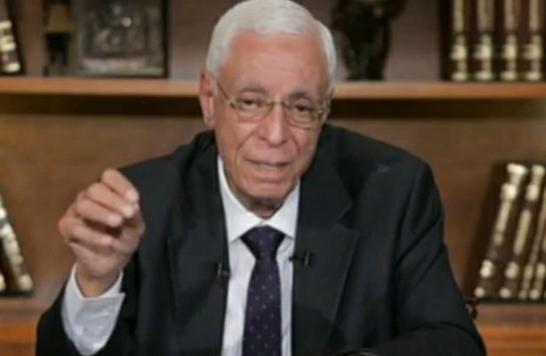 حسام موافي ينعى تلميذه الدكتور أحمد عبد العزيز: «ترك رصيدا إنسانيا كبيرا»