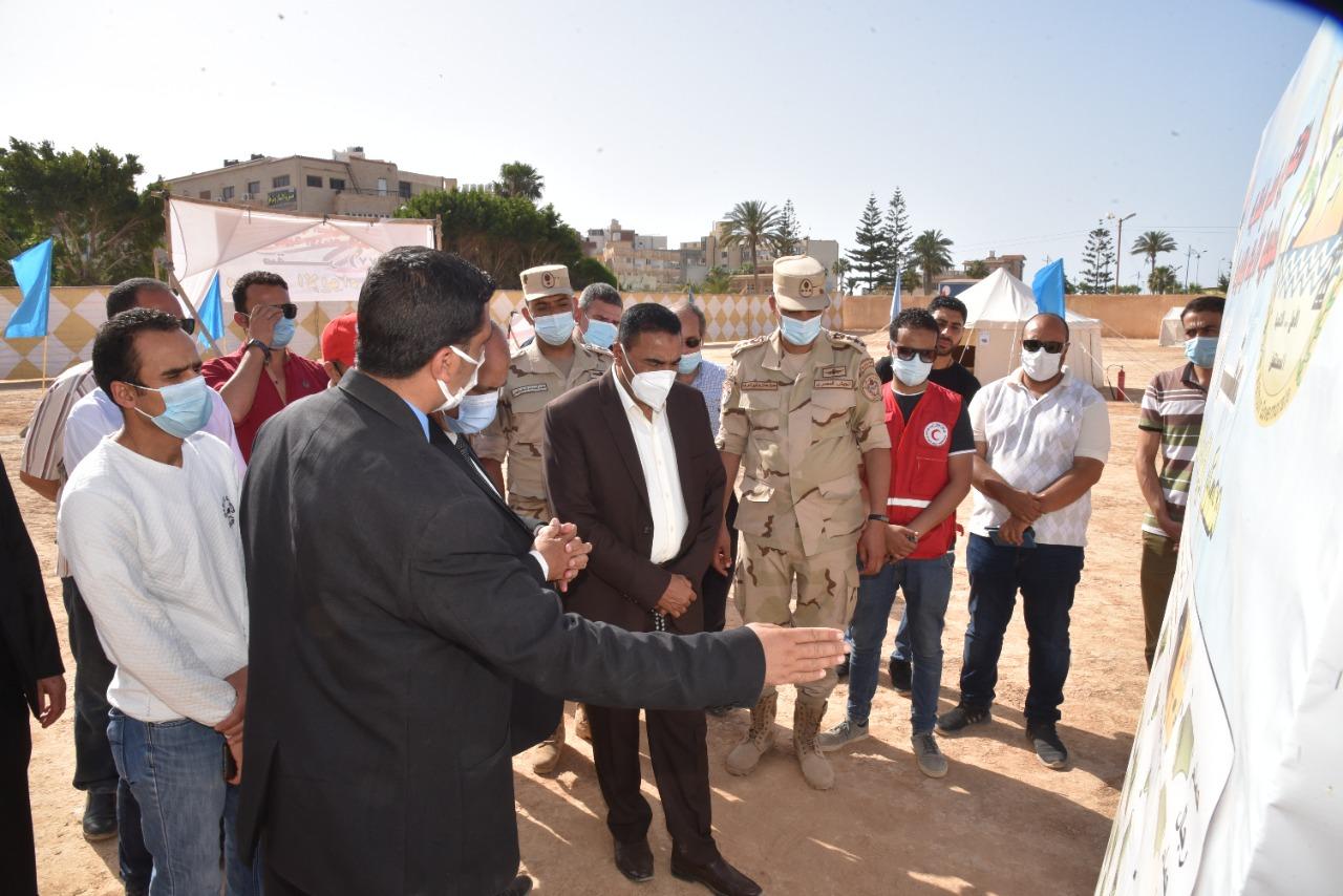 محافظ مطروح يتفقد معسكر الايواء العاجل  المقام بأرض جميعة الشبان المسلمين بمدينة مرسى مطروح