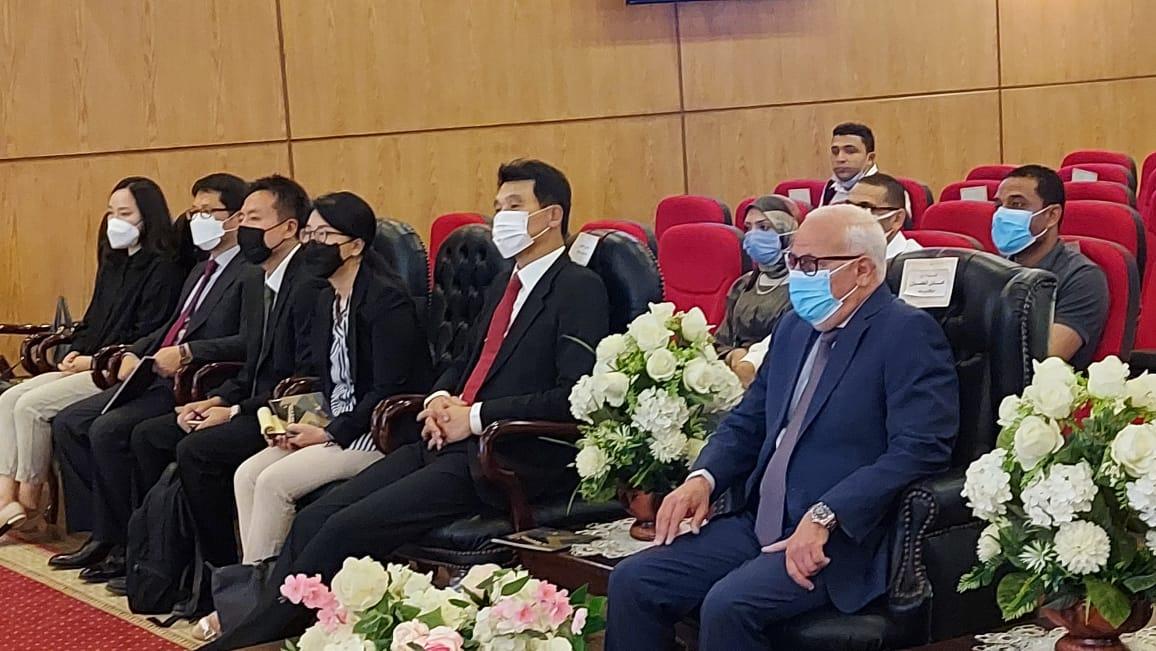 محافظ بورسعيد يستقبل سفير جمهورية كوريا