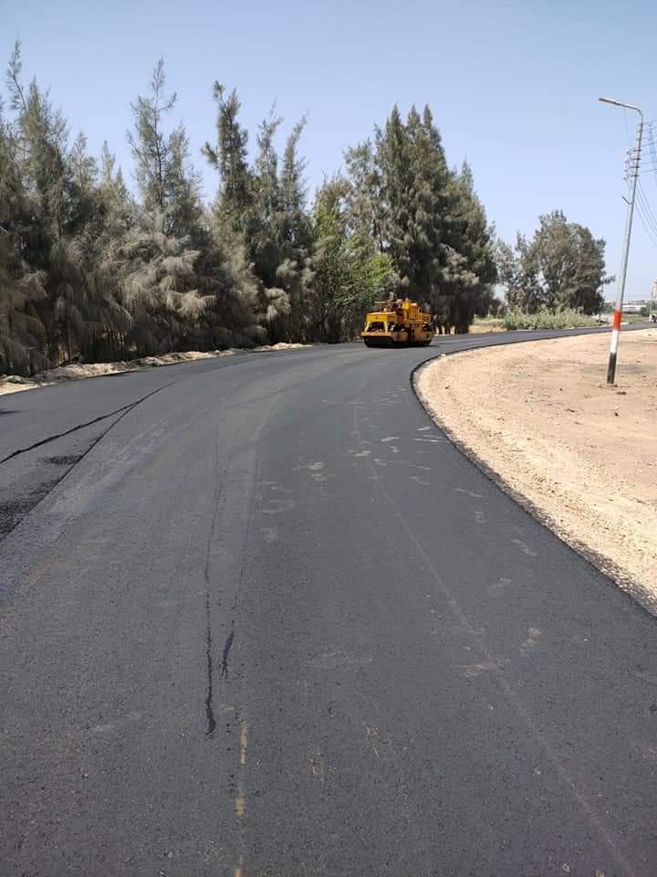 محافظ البحيرة : الانتهاء من رصف  وإعادة صيانه ورد الشيئ لاصله لعدد ١٩ طريق