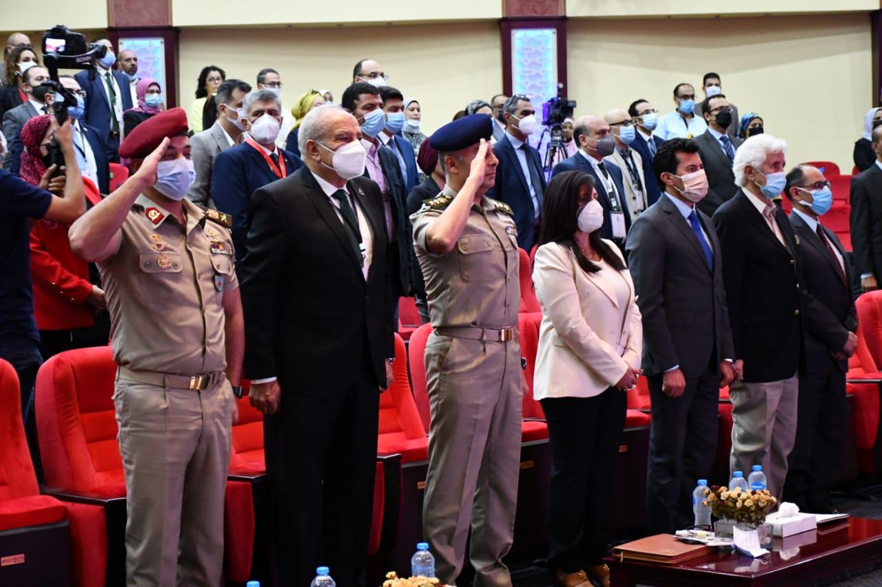 أشرف صبحي يفتتح اجتماع ممثلي الوزارات والجهات الحكومية والعامة لتطوير الاستراتيجية الوطنية للشباب