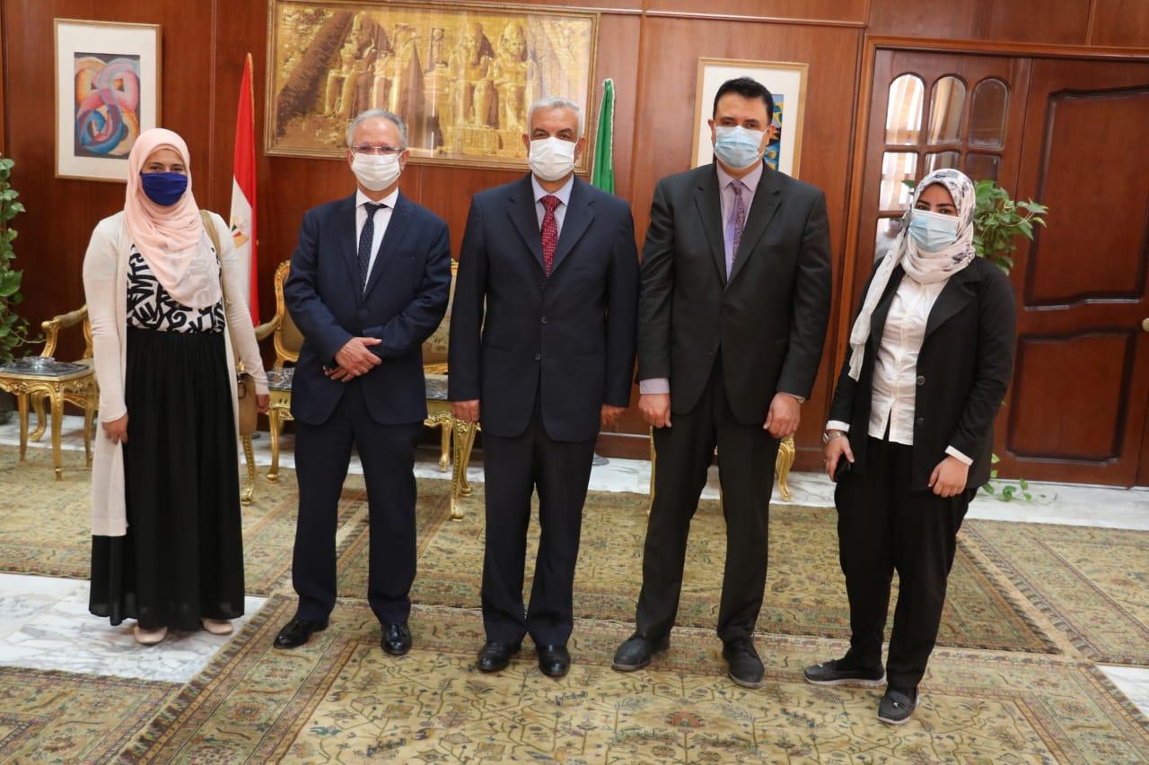 مبارك يستقبل الرئيس التنفيذى لهيئة تنمية صناعة تكنولوجيا المعلومات