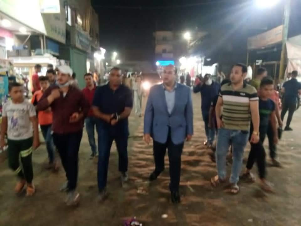 جولة ميدانية ليلية لنائب محافظ الجيزة ببرطس بمركز أوسيم