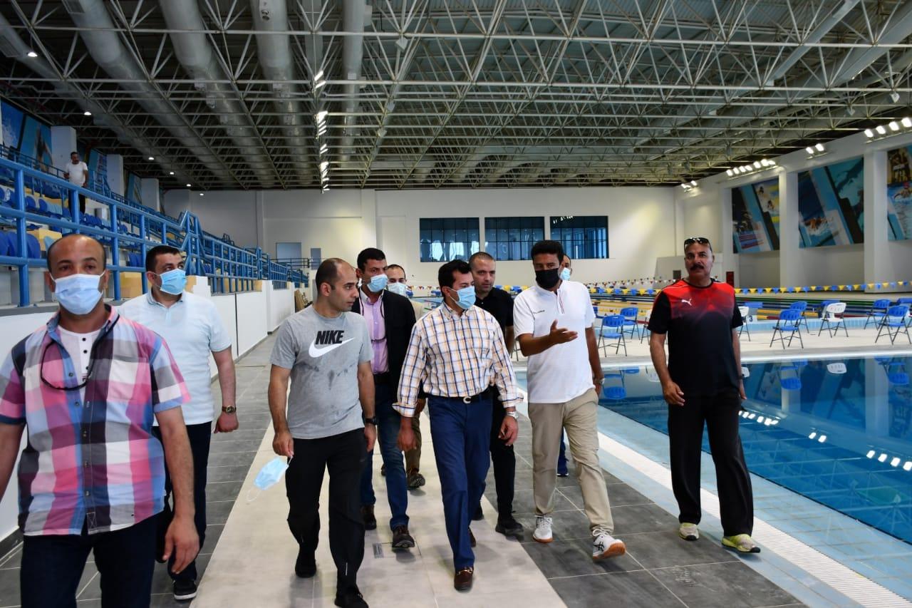 وزير الشباب والرياضة يتفقد المدينة الرياضية بالعاصمة الإدارية على هامش ماراثون البوسكو