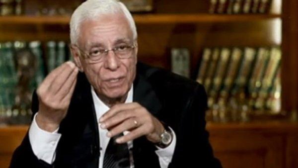 متى يجتاج الراقد على الفراش أدوية السيولة لتجنب جلطة الرئة؟ ..الدكتور حسام موافي يجيب
