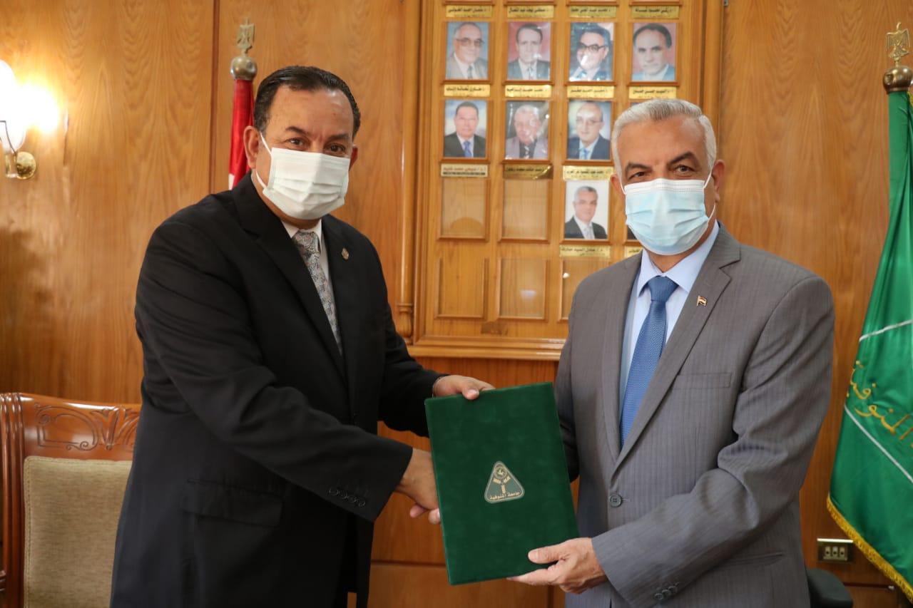 مبارك والخولى يوقعان بروتوكول تعاون لتقديم رعاية صحية متميزة لمنسوبى جامعة المنصورة الجديدة