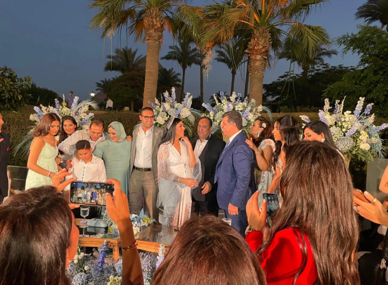 """الخبير السياحى أشرف شيحة يحتفل بزفاف ابنته """"فرح"""" على """"عبد الله خالد"""" بحضور نجوم المجتمع"""