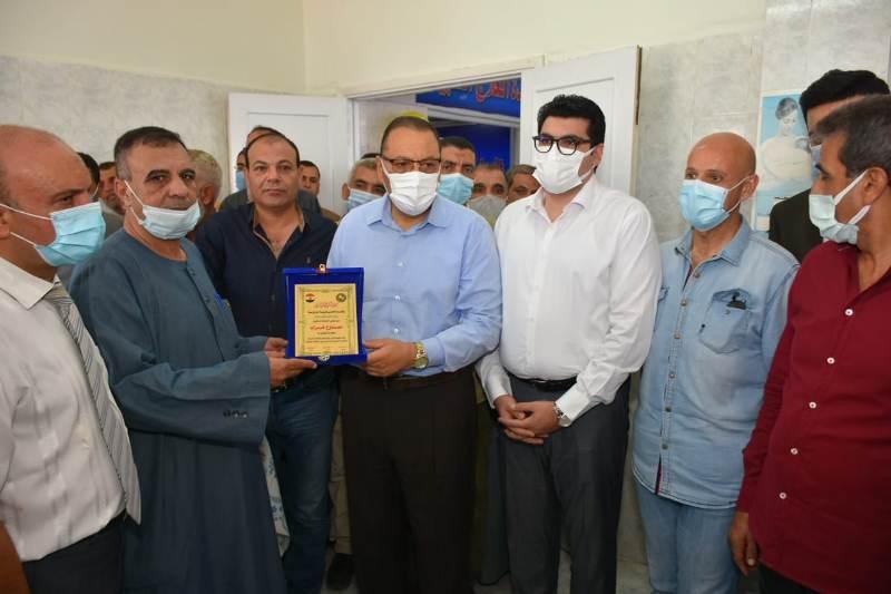 افتتاح محافظ الشرقيه لقسم العلاج الطبيعي بإحدي مستشفيات قري ابو كبير