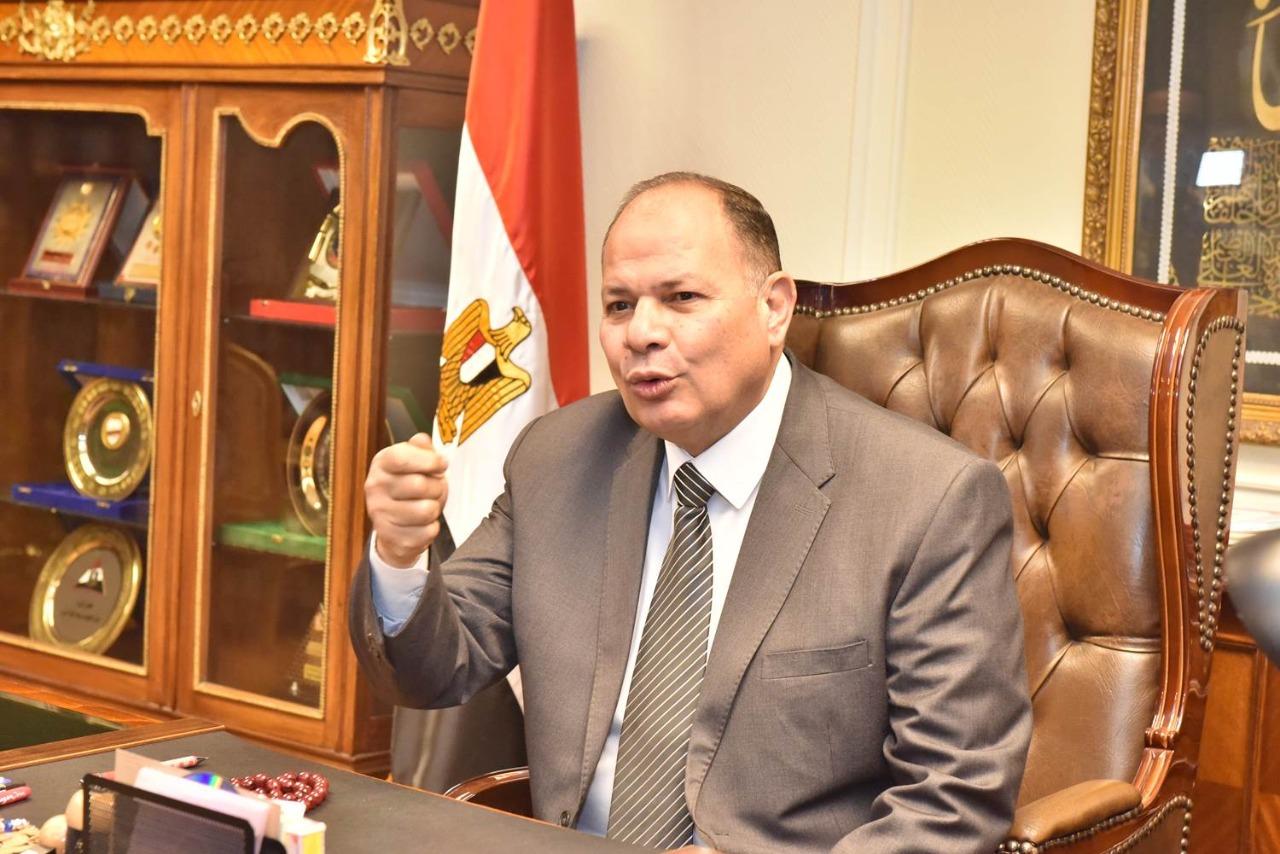 محافظ أسيوط يؤكد رفع درجة الاستعداد بالقطاع الصحي لاستقبال عيد الأضحى المبارك