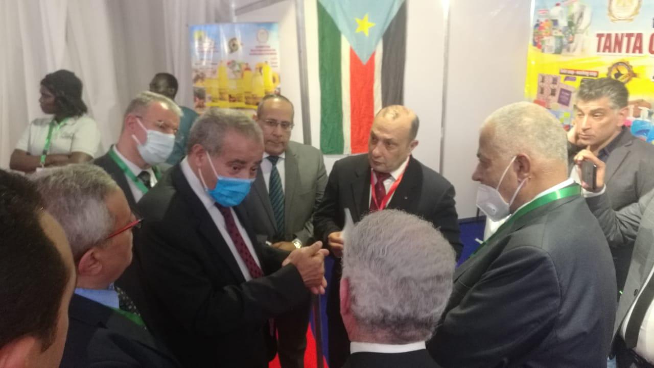 وزير التموين: معرض صنع في مصر بجنوب السودان رؤية إستراتيجية لزيادة التبادل التجاري بين البلدين