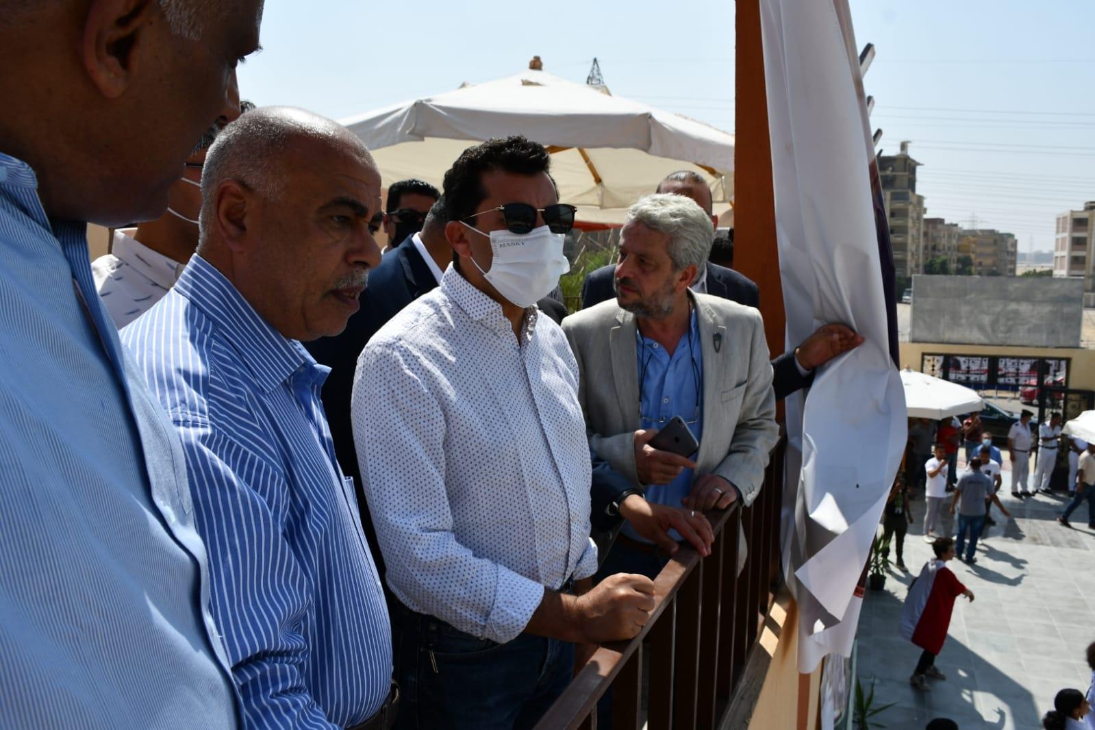 وزير الشباب والرياضة يفتتح تطوير ناديي زهراء حلوان ونادي كفر العلو
