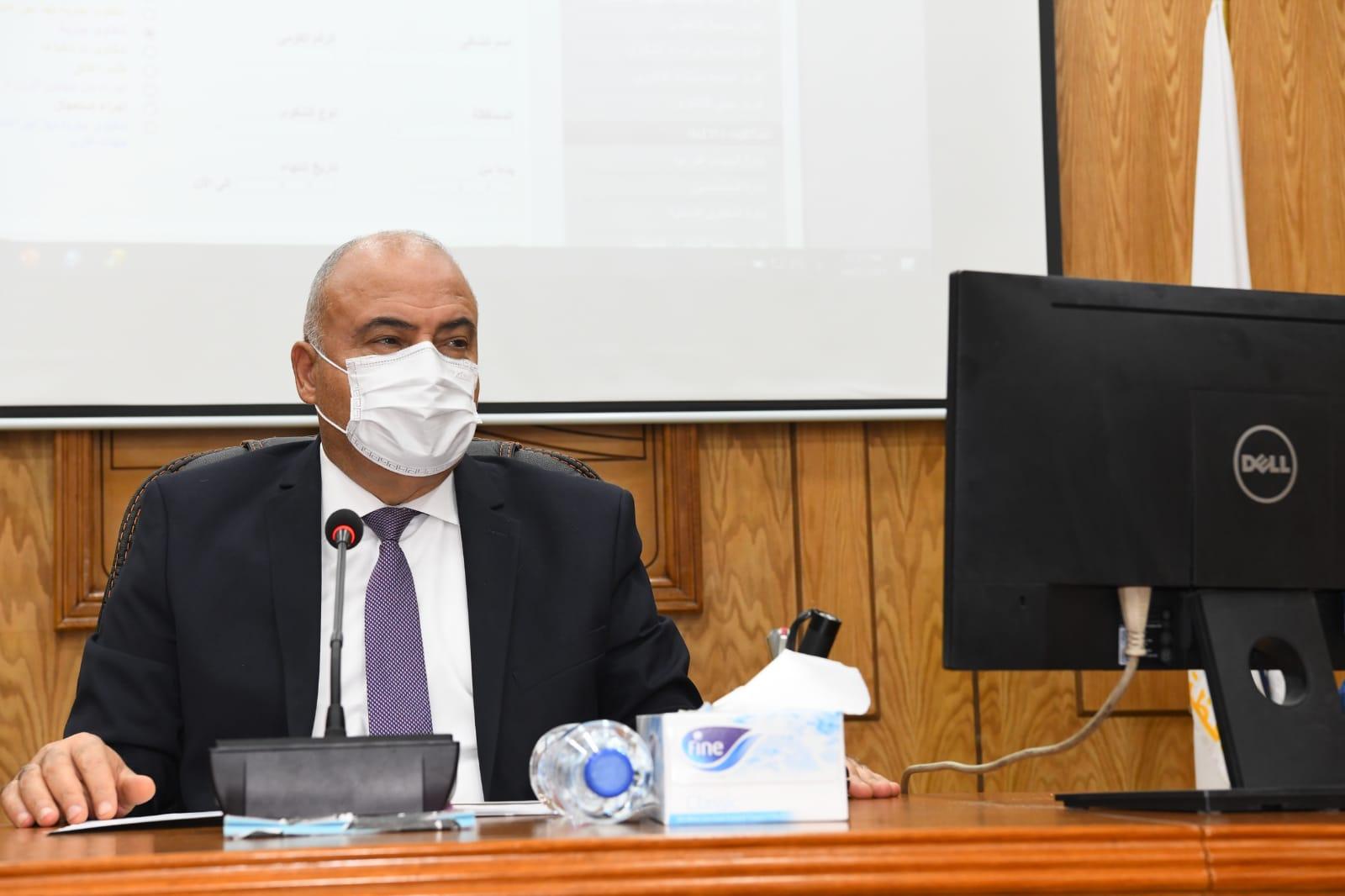 ضبط ٢٣ مخالفة ذبح خارج المجازر الحكومية ولحوم مجمدة غير صالحة للاستهلاك الآدمي في حملة تموينية مكبرة بقنا
