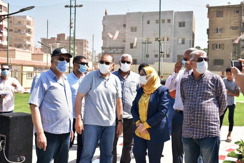 افتتاح  الدكتور ممدوح غراب محافظ الشرقية نادي العائلات بمنطقة الصيادين بمدينة الزقازيق