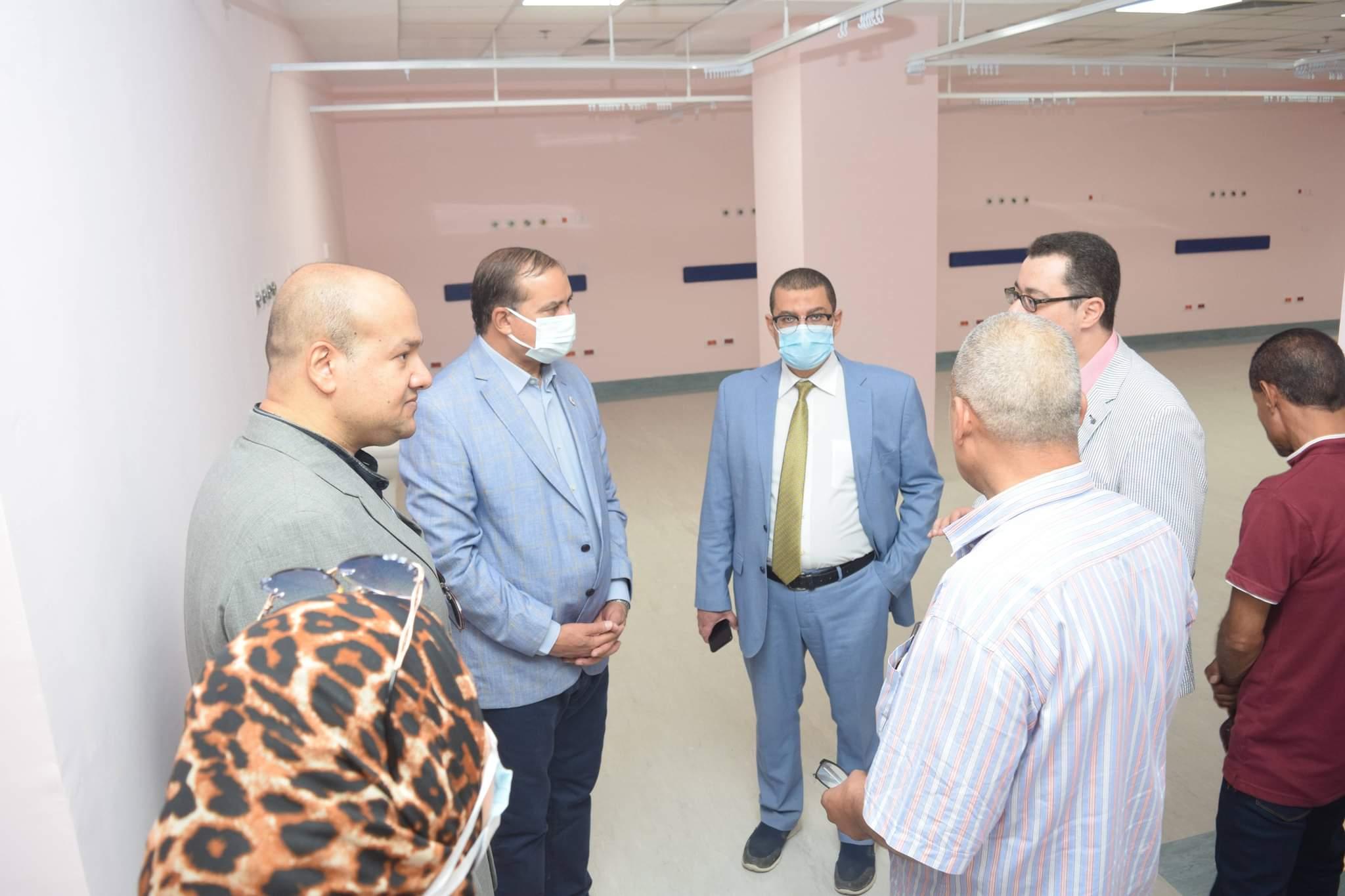 رئيس جامعة سوهاج يتابع التجهيزات النهائية لتشغيل المستشفى الجامعى الجديد