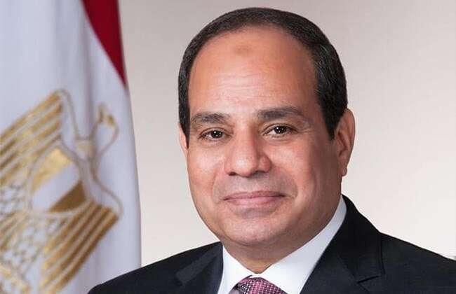 رئيس جامعة الأقصر يهنئ الرئيس السيسي بعيد الاضحى المبارك