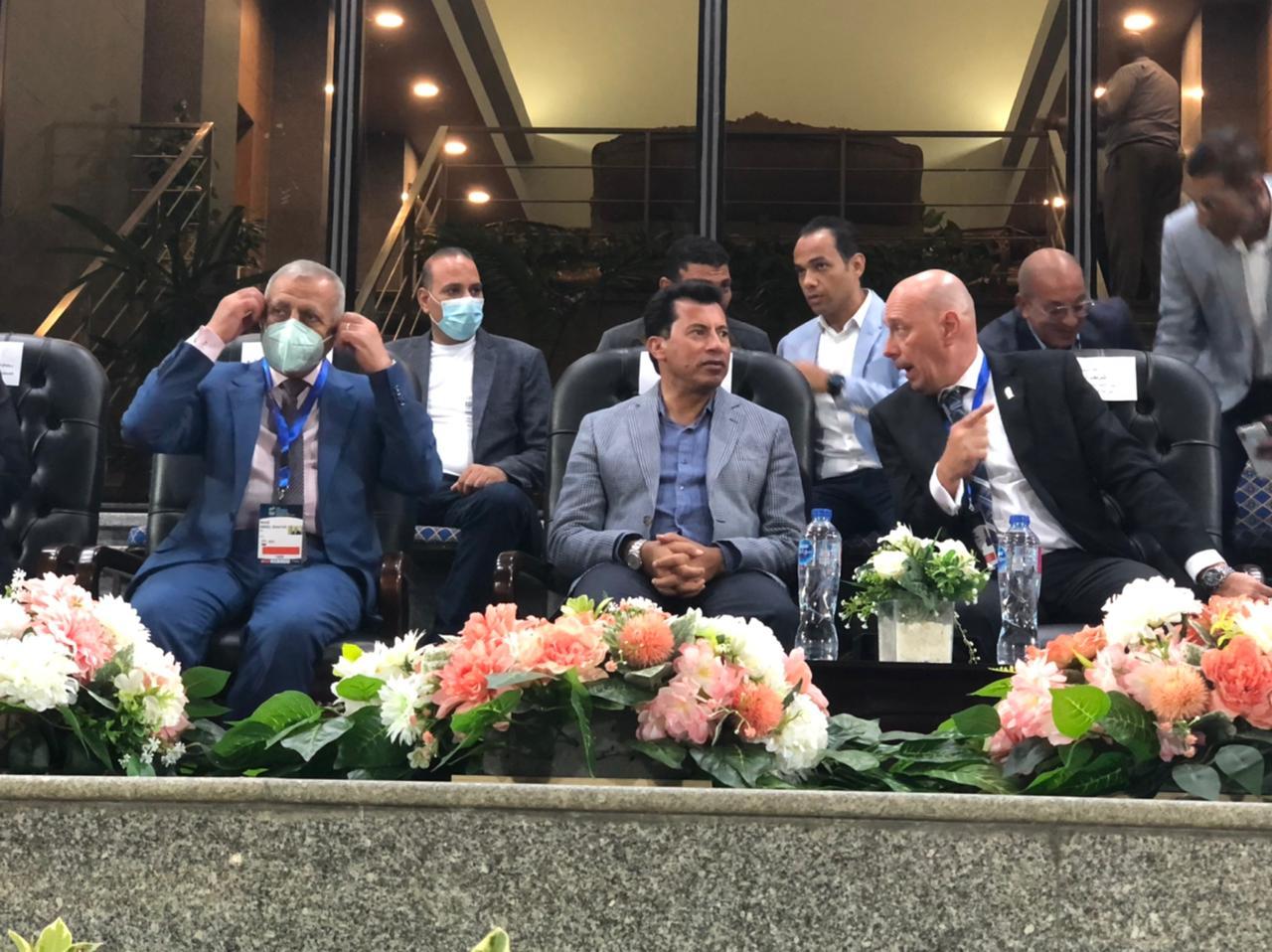 وزير الرياضة يشهد ختام نهائي فردي الناشئين ببطولة العالم للخماسي الحديث