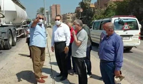 محافظ الشرقية يتفقد مشروعات الرصف والتجميل الجاري تنفيذها بمدينة الزقازيق