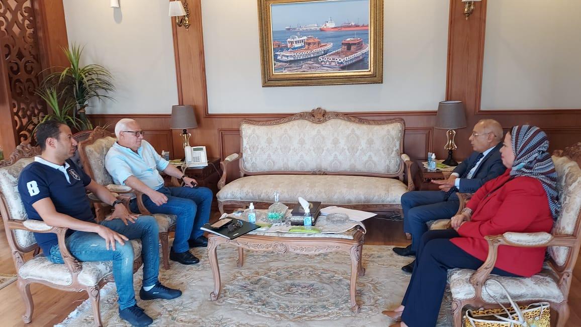 محافظ بورسعيد يستقبل نواب بورسعيد للتهنئة بعيد الأضحى المبارك