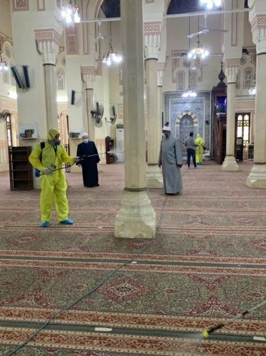 استمرار حملات النظافة والتعقيم للمساجد استعدادا لصلاة عيد الأضحى استمرار حملات النظافة والتعقيم للمساجد استعدادا لصلاة عيد الأضحى المبارك