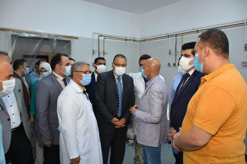 محافظ الشرقيه يزور مستشفي منيا القمح