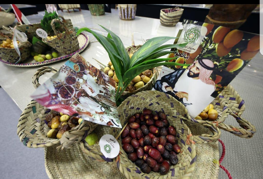 مهرجان ليوا للرطب يشهد مشاركات واسعة في مسابقات اليوم الخامس