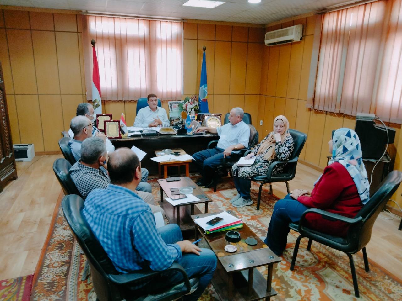 لجنة القيادات بزراعة البحيرة تجتمع لاختيار مدير إدارة الإنتاج الحيوانى بالمديرية