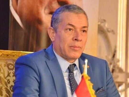 رئيس الجالية المصرية فى فرنسا ينعى وفاة رجل الصناعة الوطنى محمود العربى