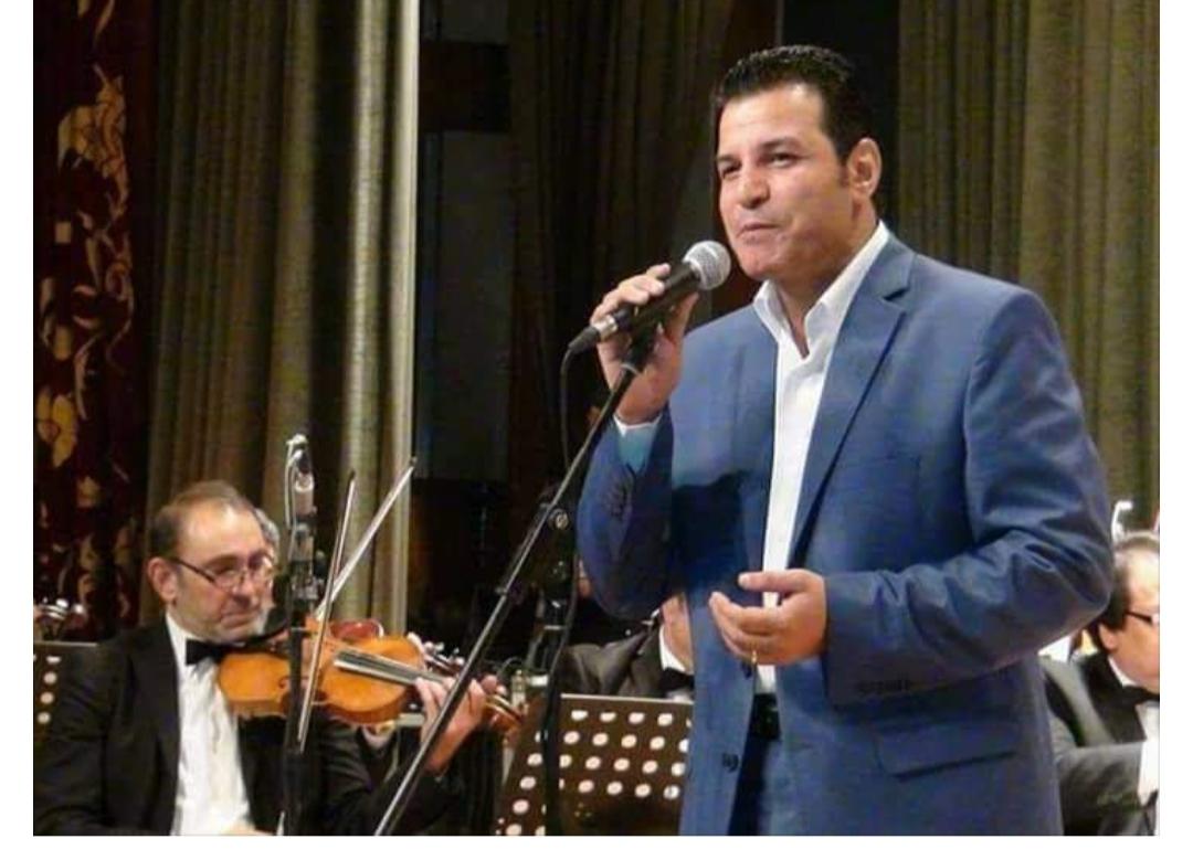 خالد بيومي نقيب المهن الموسيقيه يؤدي فقره متميزه في احتفاليات محافظه الشرقيه